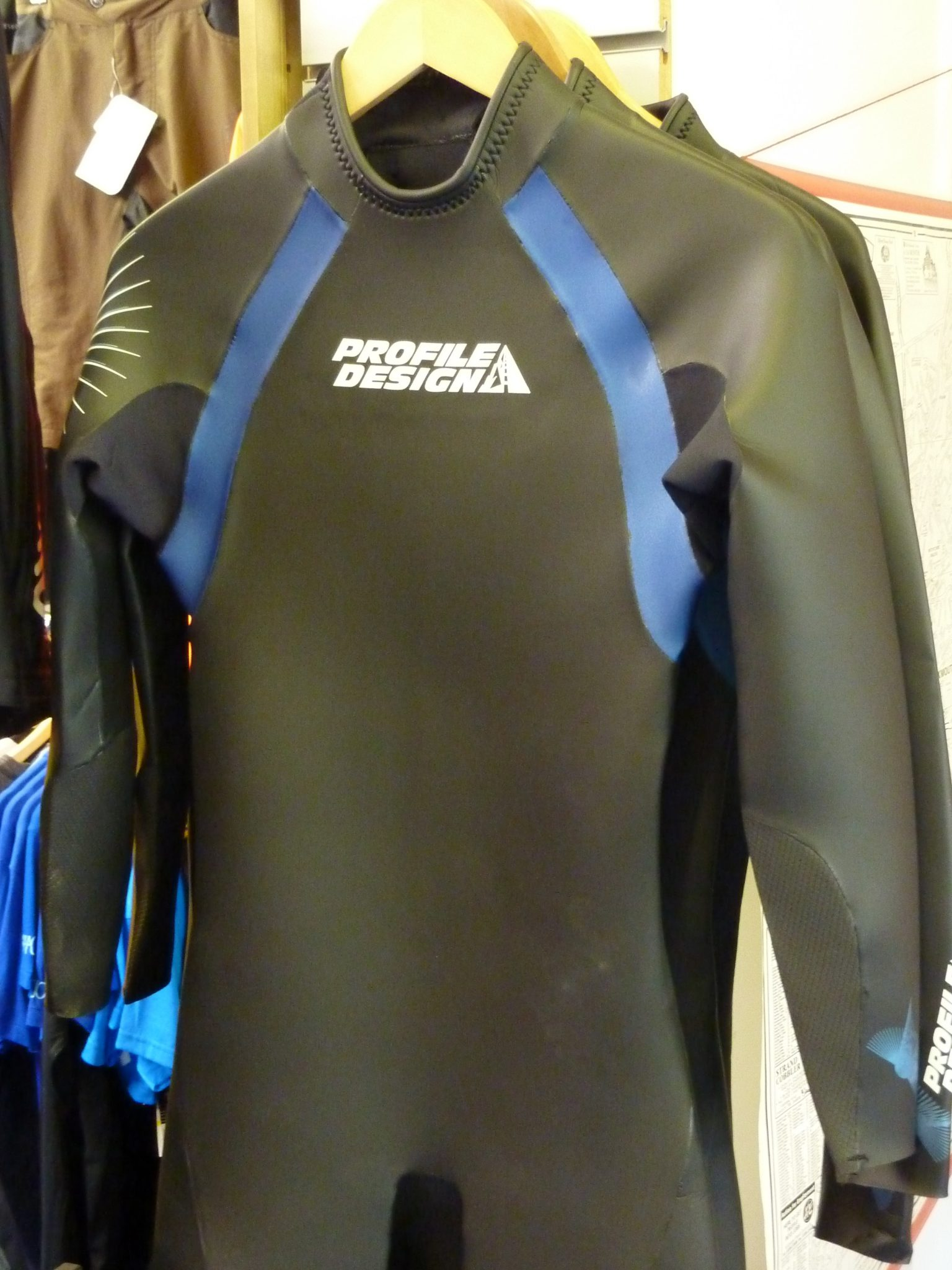 PROFILE DESIGN triathlon or open water wetsuits